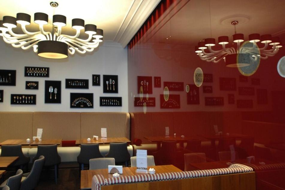 Die Urlauberin war in dem Lübecker Café zu Gast.
