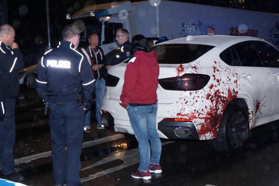 Die Beamten mussten schmunzeln, als sie sahen, dass das Blut nicht echt ist.