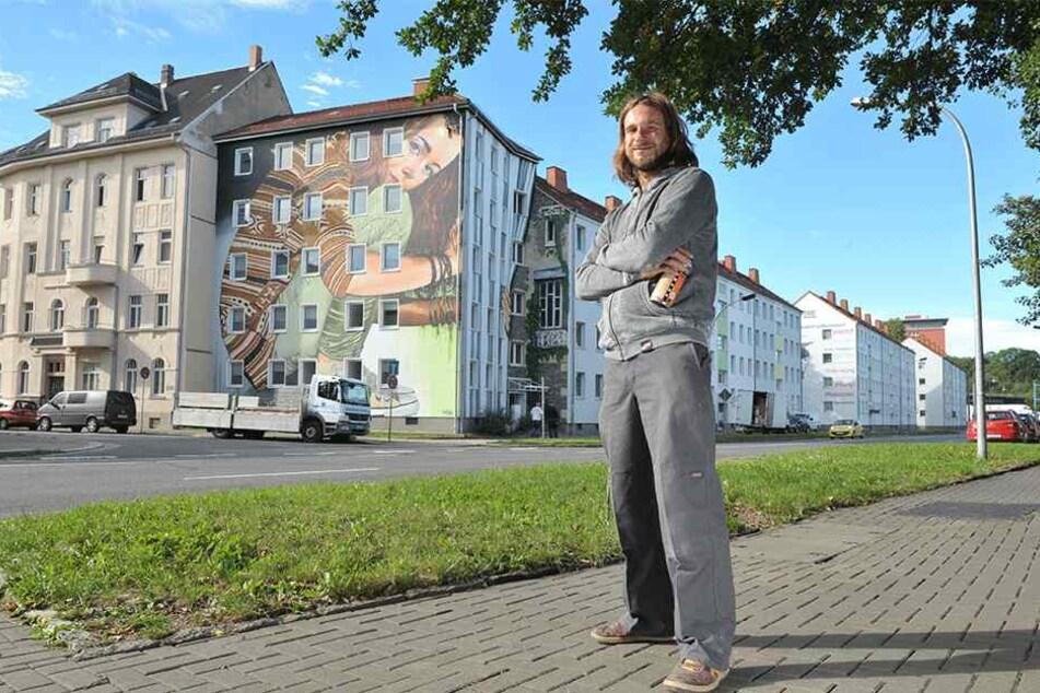 """Dieses Kunstwerk an der Gustav-Freytag-Straße Ecke Karl-Immermann-Straße entstand in Zusammenarbeit mit Künstler """"Tasso""""."""