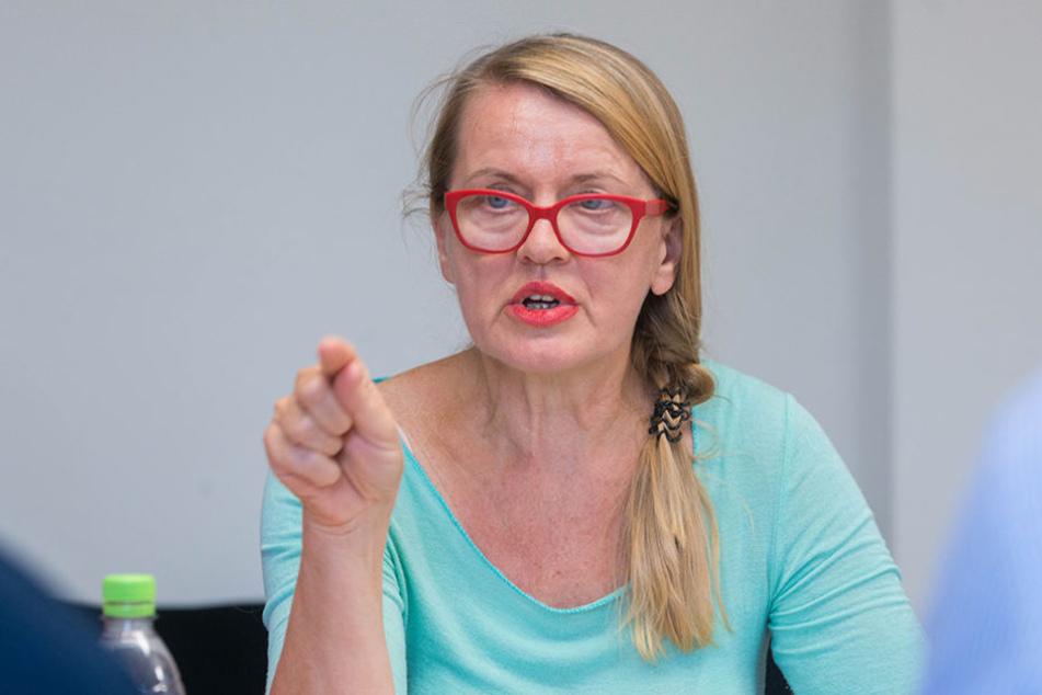 """Die Suchtbeauftragte Kristin Ferse stellte den neuen """"Suchtbericht  2017"""" für Dresden vor."""