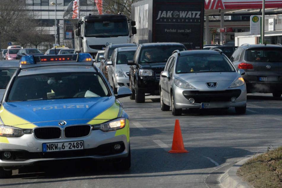 Der Verkehr musste großzügig umgeleitet werden, weshalb es zu Verzögerungen kam.
