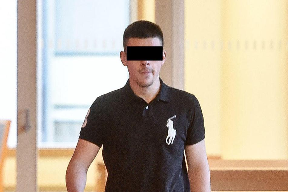 Lukas P. (17) donnerstags am Dresdner Amtsgericht.