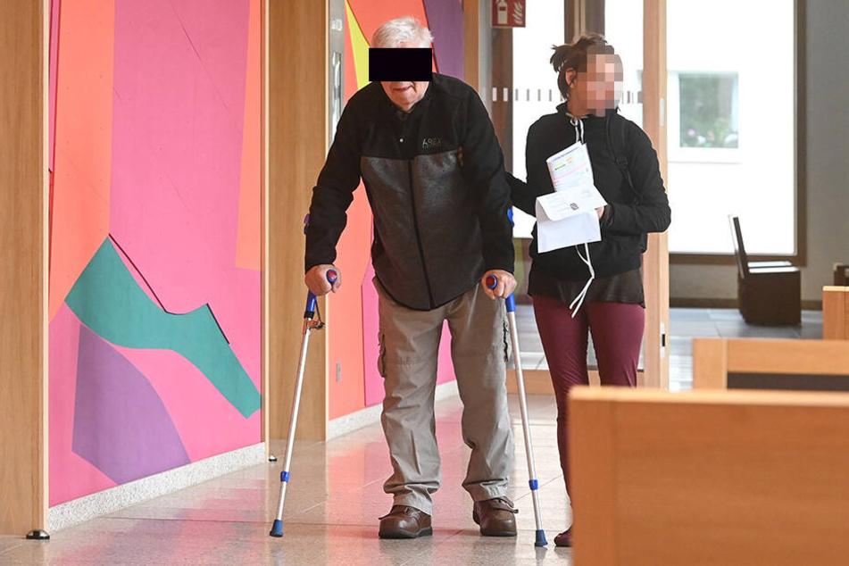 Wolfgang G. (82) hatte seinen Hund sehr gern, war aber mit dessen Pflege völlig überfordert.