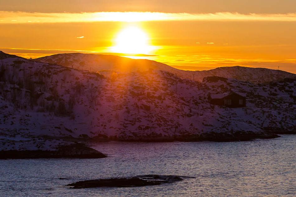 Die norwegische Insel Sommarøy fragt sich, ob auf ihr überhaupt noch Uhren gebraucht werden.