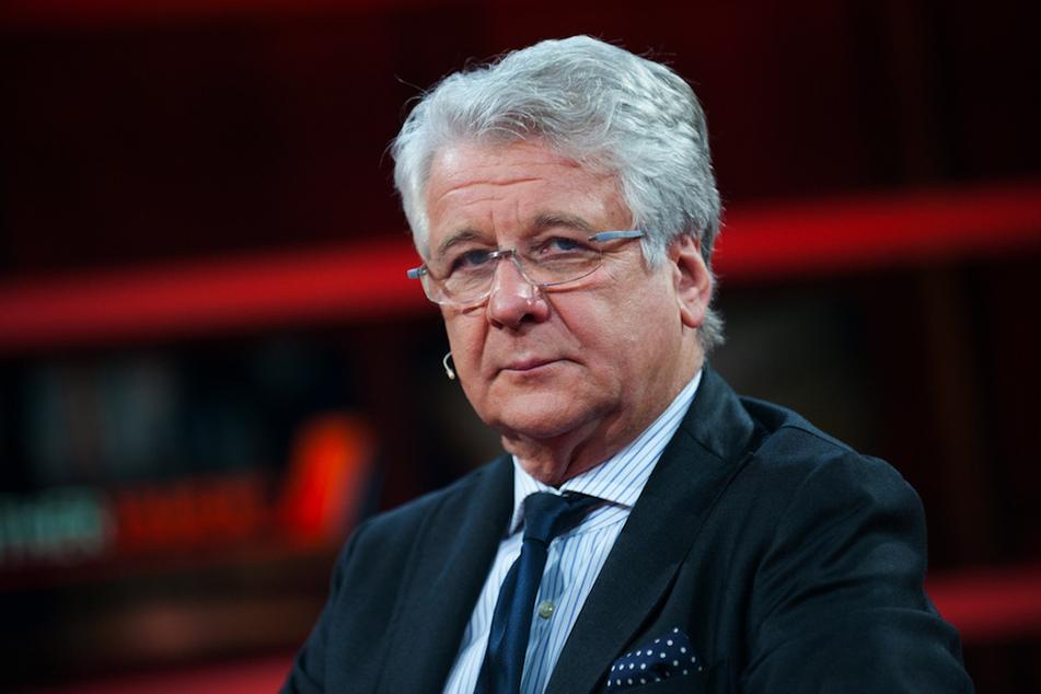 Marcel Reif (71) gibt zur Klub-WM sein Comeback als Moderator.
