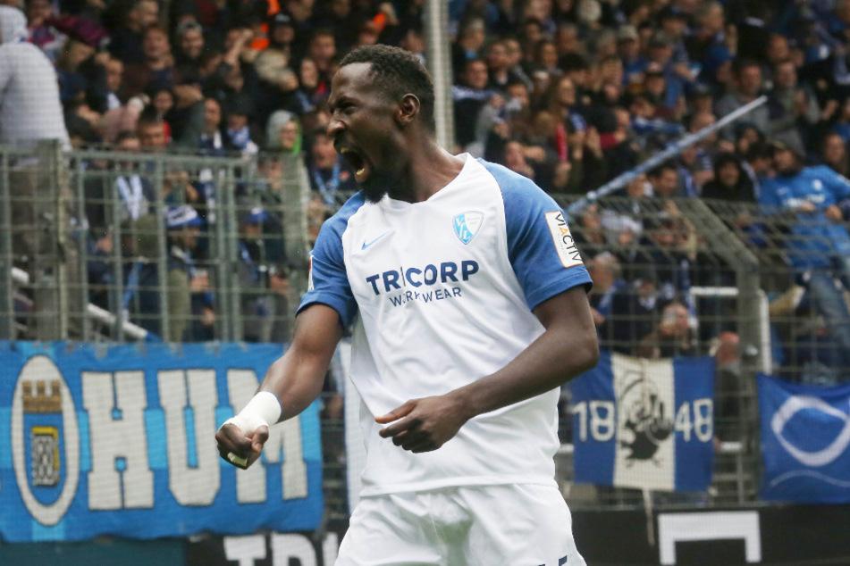 Bochums Stürmer Silvere Ganvoula (24) liebäugelt offenbar mit einem Wechsel in die Bundesliga.