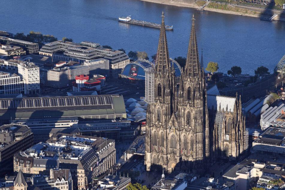 Köln: Stromausfall in Köln: Tausende Haushalte betroffen