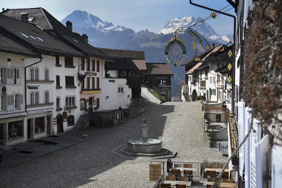 Die Schweiz erlebt aufgrund der Coronavirus-Pandemie einen historischen Einbruch im Bereich der Hotelübernachtungen.