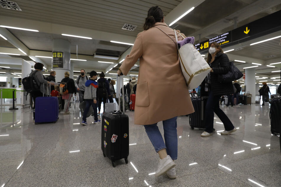 Viele Urlauber zieht es trotz Corona-Pandemie nach Mallorca.