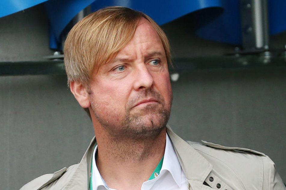 Am Donnerstagabend hatte bereits Sportvorstand Stefan Bohne angekündigt, aufzuhören.