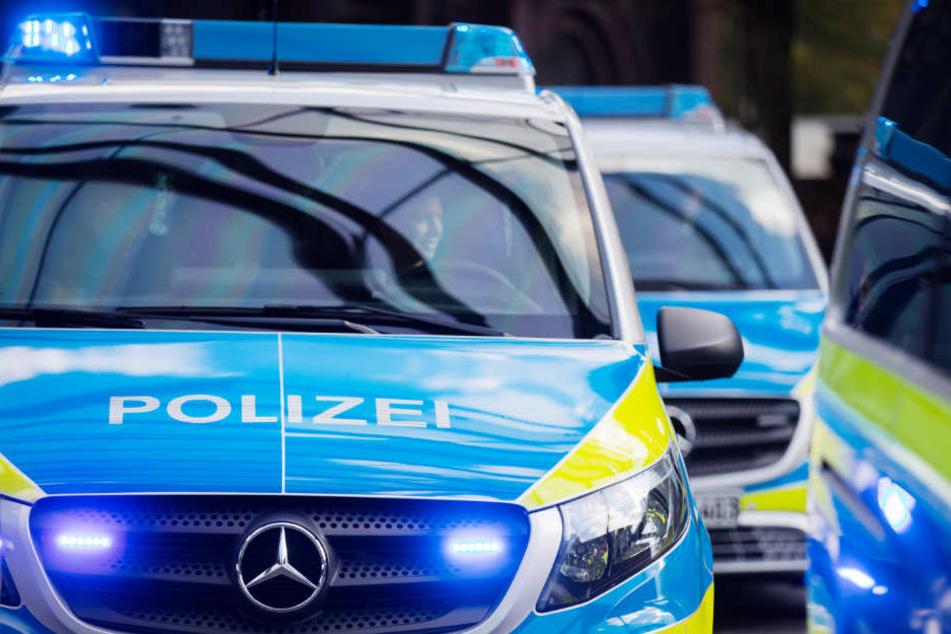 Die Polizei in NRW will innerhalb von fünf Wochen verschiedene Kompaktvans im Einsatz testen.