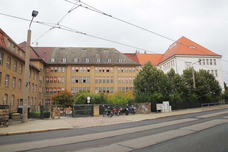 Am Gymnasium Dresden-Cotta gibt es nun auch Corona-Patienten. (Archivbild)