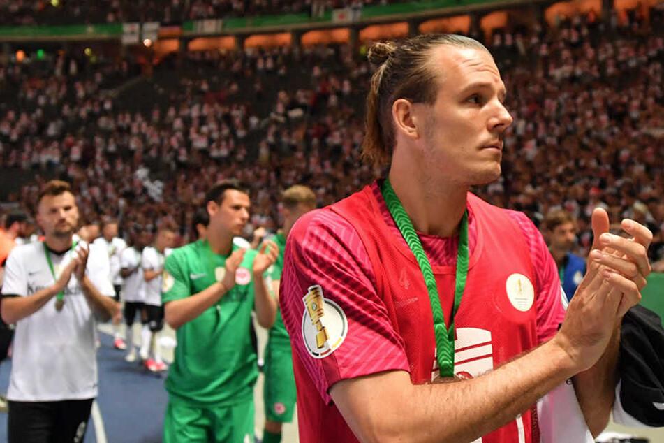 Alexander Meier wird in Zukunft auch vom Spielfeldrand sein Team stärken.