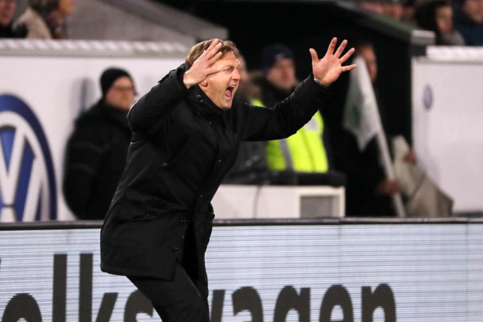 """""""Das gibt's doch nicht"""", dürfte sich Leipzigs Trainer Ralph Hasenhüttl angesichts der Chancenverwertung gedacht haben. Letztendlich konnte er mit einem Punkt gut leben."""