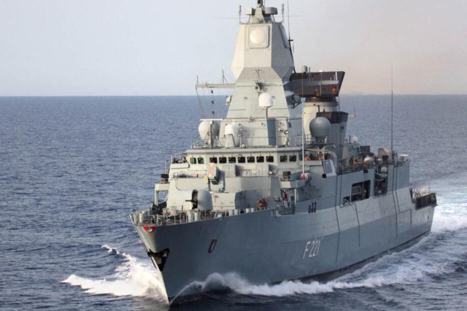 """Kriegsschiff kehrt von """"politisch hochbrisantem Einsatz"""" zurück"""