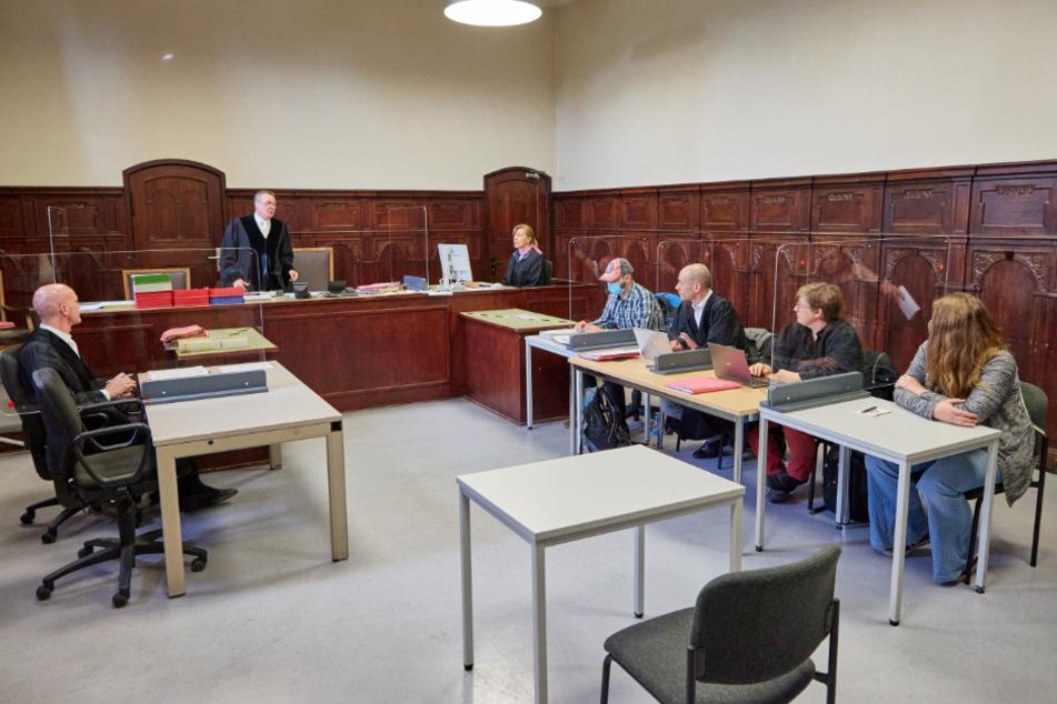 Der Prozess gegen die beiden Angeklagten soll kommende Woche neu starten.
