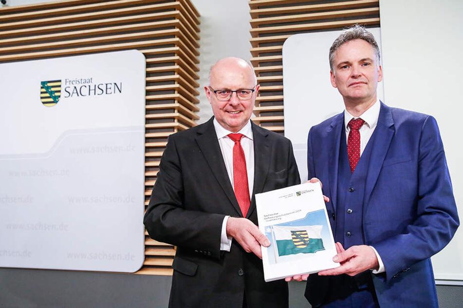 Innenstaatssekretär Günther Schneider (64, CDU, l.) und Verfassungsschutz-Chef Gordian Meyer-Plath (50) stellten die neuesten Erkenntnisse vor.