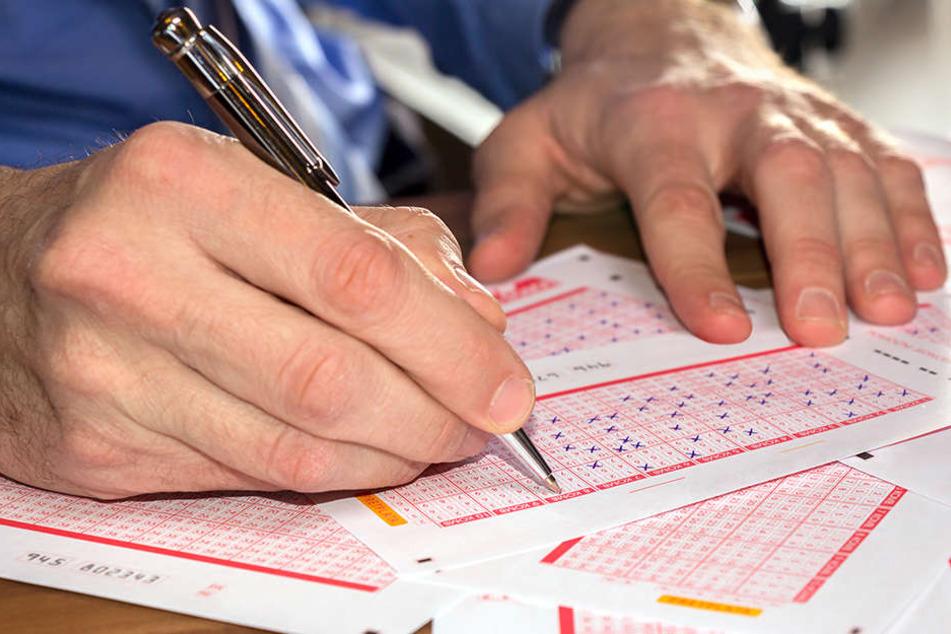 Sachse tippt sich mit sechs Richtigen zum Lotto-Millionär