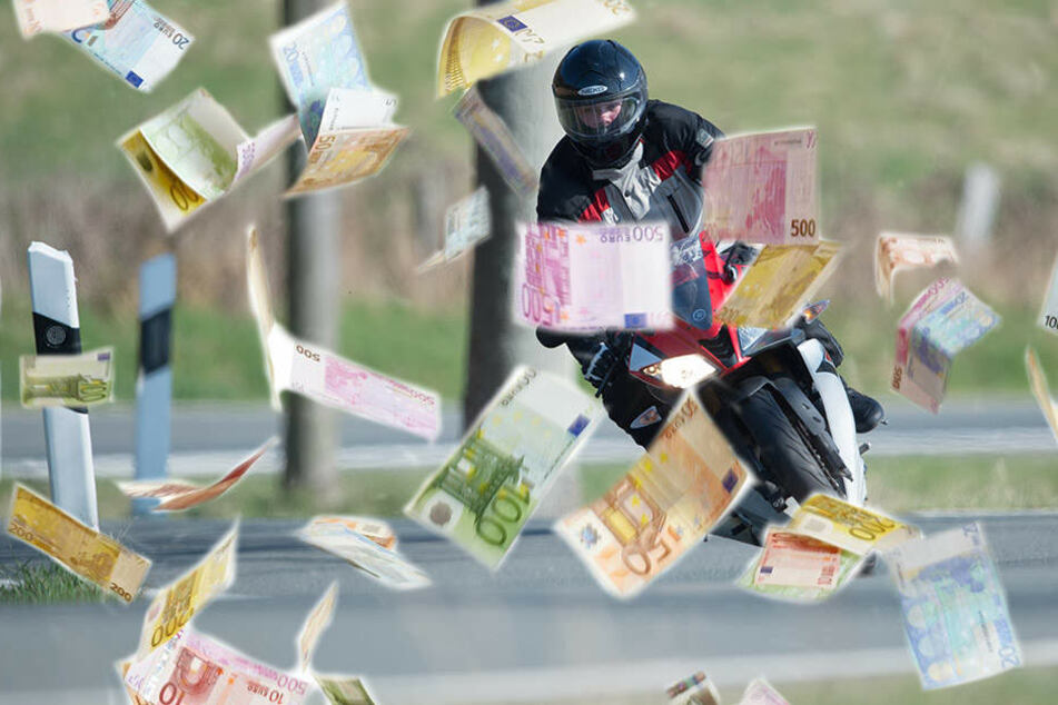 Einen Teil des Geldes konnte der Motorradfahrer noch einsammeln. (Symbolbild)