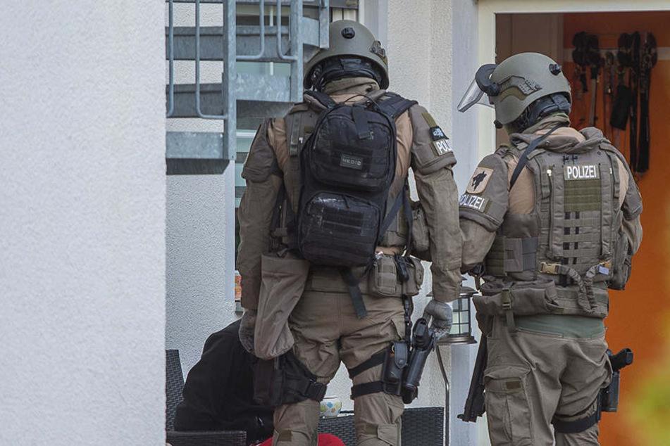 Spezialkräfte des Thüringer LKA nahmen den Mann in Gewahrsam.