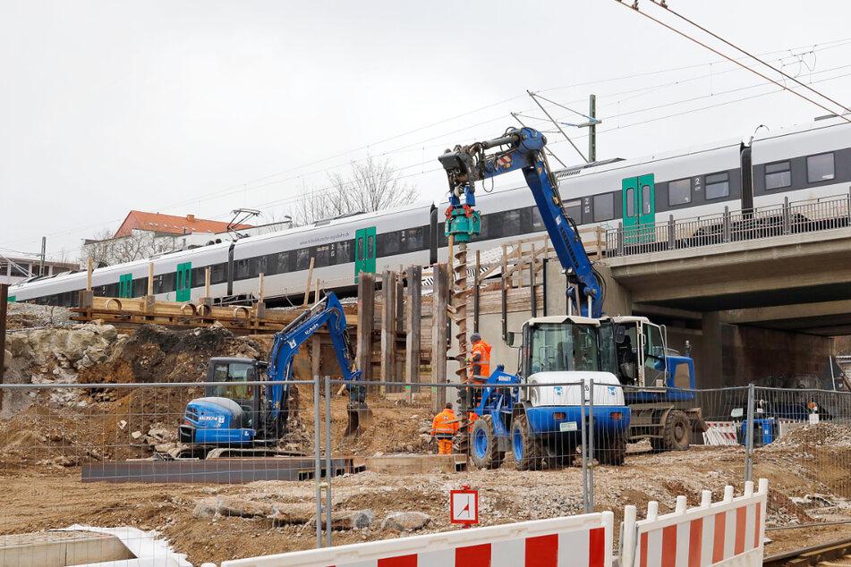 Die Bahn baut: Am Chemnitzer Bahnbogen werden fünf Brücken erneuert.