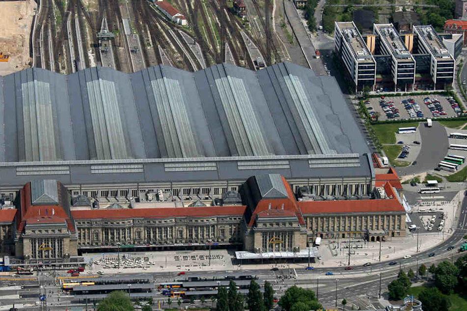 """Die """"Sachsenseite"""" des Leipziger Hauptbahnhofes (rechts im Bild) soll rundum erneuert werden."""