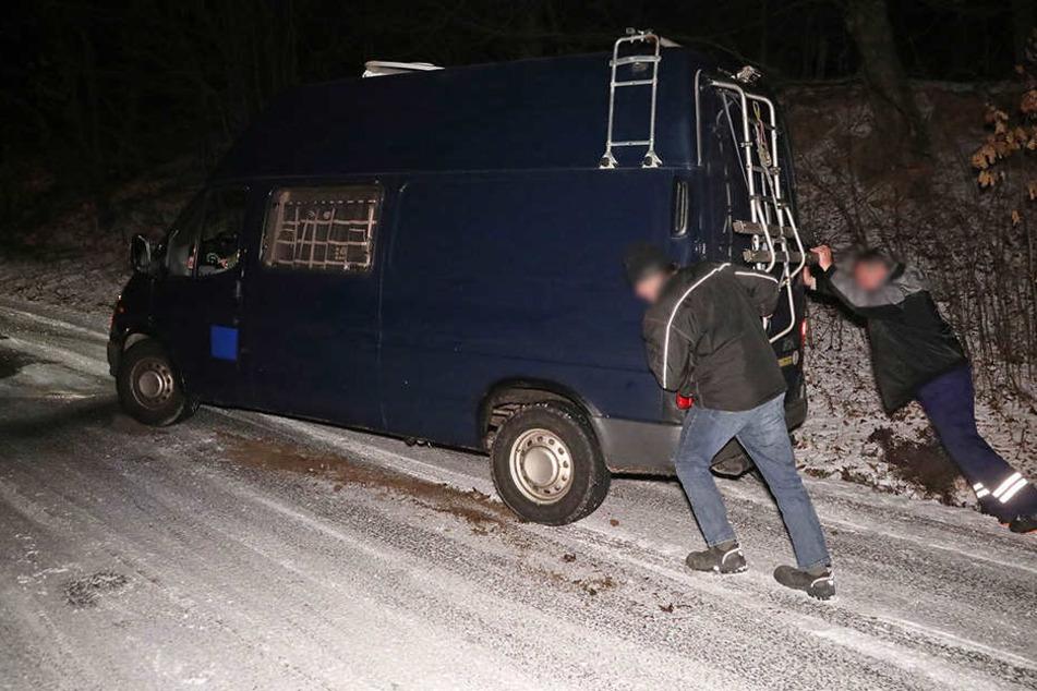 In Höhe des Landschaftsschutzgebiets Zschonergrund kamen die Fahrzeuge nicht mehr voran.