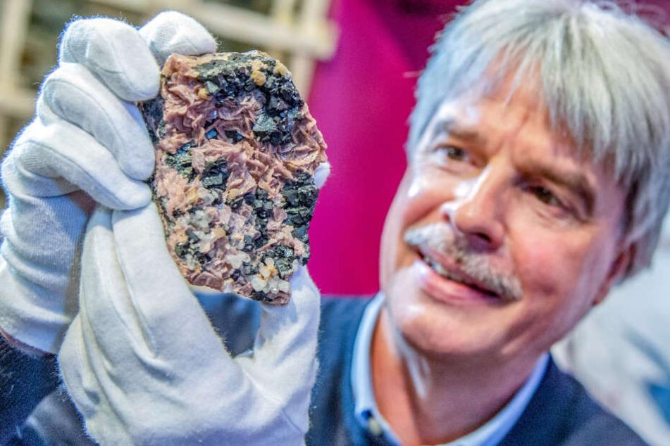 """Zehn Jahre """"Terra Mineralia"""": Funkelnde Sonderschau wird eröffnet"""