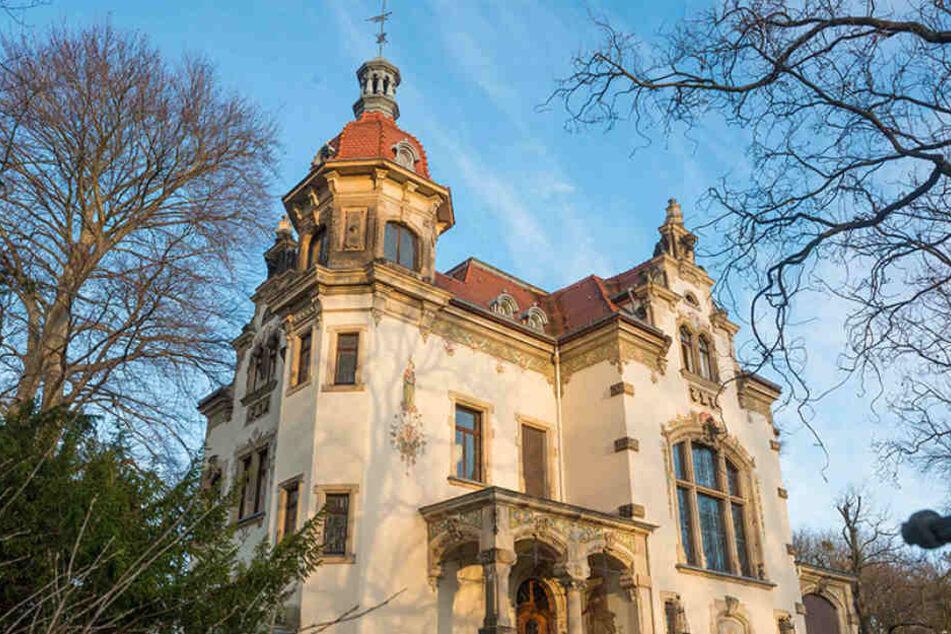 Im Standesamt an der Goetheallee heirateten letztes Jahr 1809 Paare.
