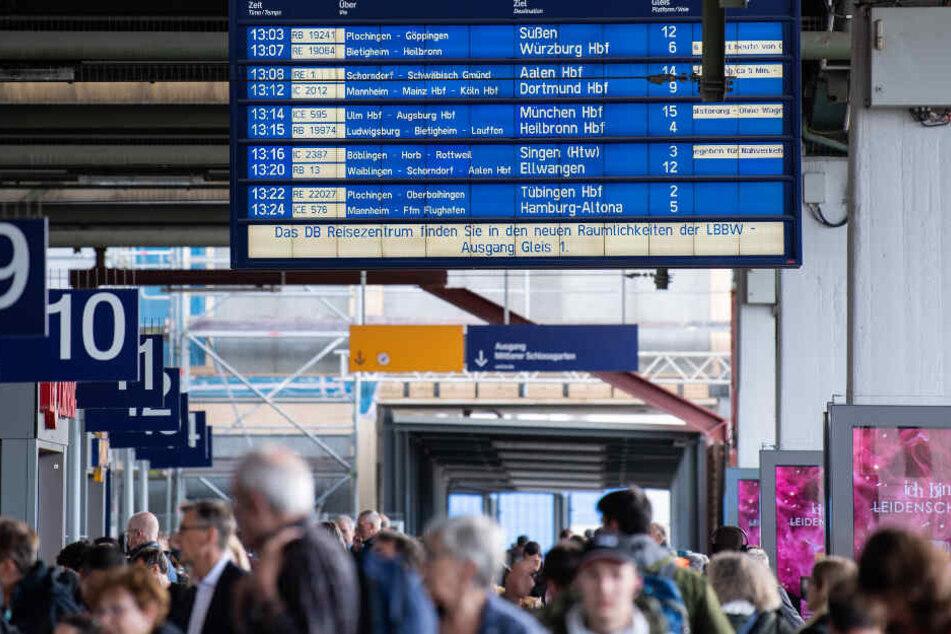 Die täglich 66.000 Reisenden müssen sich bald auf erheblich längere Reisezeiten einstellen. (Archiv)