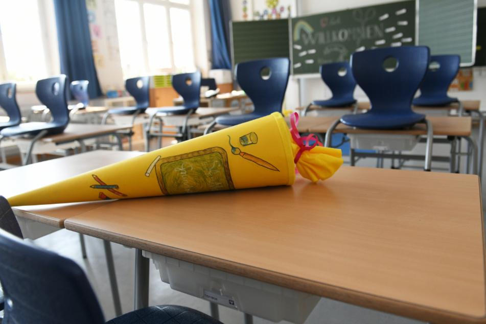 Für 121.000 Kinder in Bayern beginnt am Dienstag erstmals der Schulalltag. (Symbolbild)