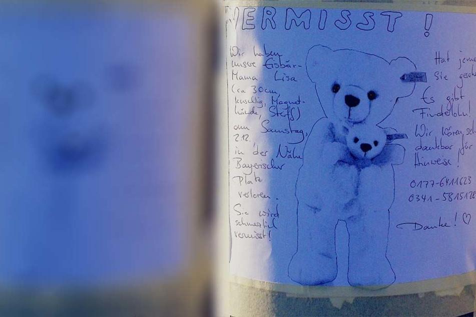 """Mit diesem selbstgeschriebenen und -gezeichneten Suchblatt erhofft sich eine Familie Hinweise zu ihrem Plüsch-Eisbär """"Lisa""""."""