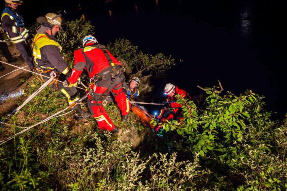 Der Mann konnte von den Rettungskräften geborgen werden.