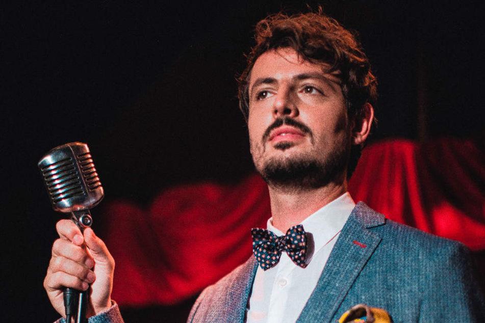 Daniel Caccia aus Hamburg hat mit der Cicero Big Band ein neues Album aufgenommen.