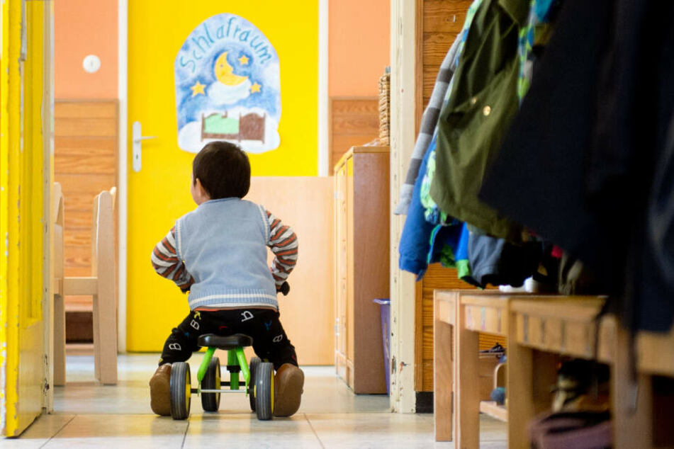 Die Kinderbetreuung ist von Bedeutung, Fachkräfte werden gebraucht. (Symbolbild)