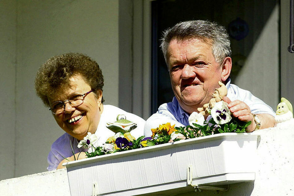 Lebte und arbeitete in Leipzig: der kleinwüchsige Horst Gerlach (†78) mit Ehefrau Helga.