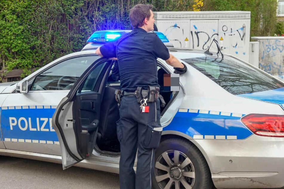 Die Polizei nahm eine Person vorübergehend fest.