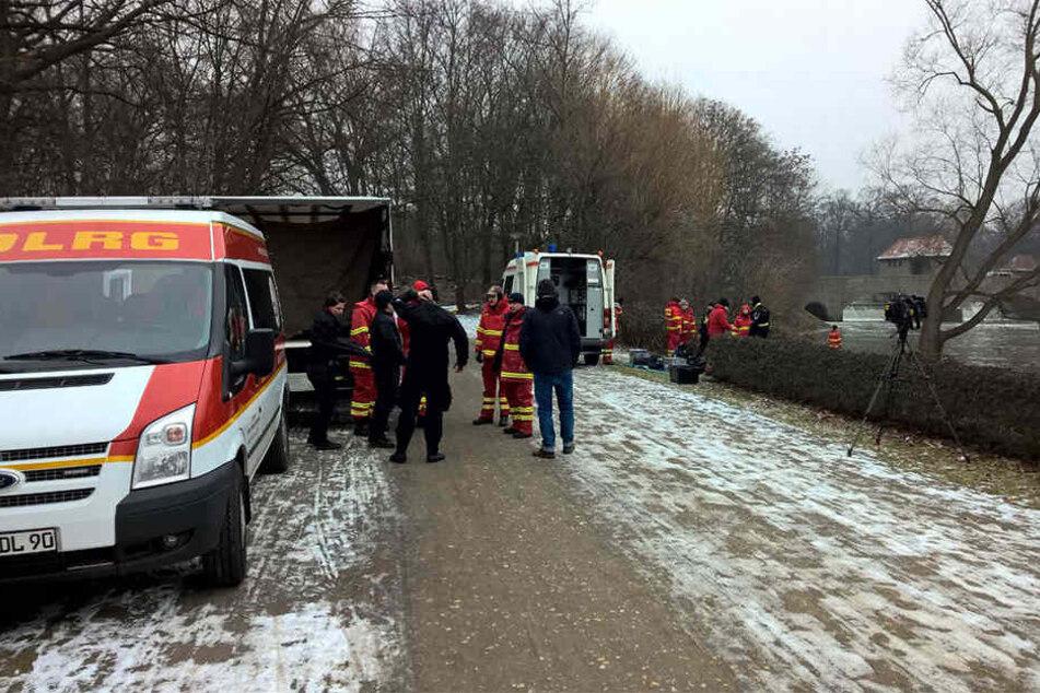 """Auch Einsatzkräfte des DLRG aus Leipzig und dem Bezirk """"Obere Elbe"""" waren am vergangenen Wochenende an der Suche nach der verschwundenen Frau beteiligt."""