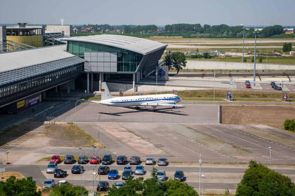 Der Leipziger Airport wollte die ausrangierte Maschine eigentlich zu Trainingszwecken nutzen oder als Filmkulisse vermarkten. (Archivbild)