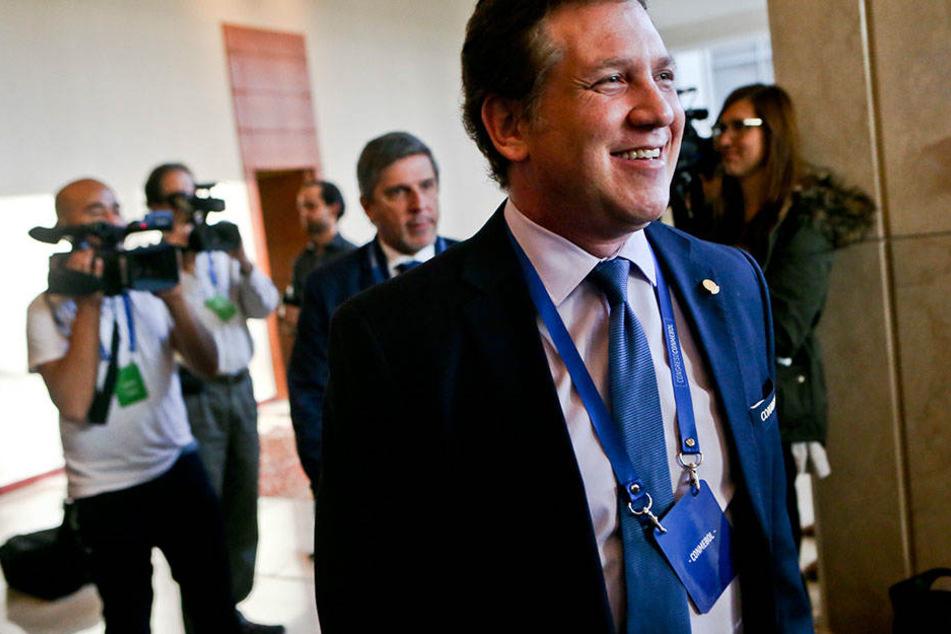 Alejandro Dominguez (46), Präsident des südamerikanischen Fußball-Verbandes CONMEBOL, hat vorgeschlagen, die Weltmeisterschaft alle zwei Jahre auszutragen.
