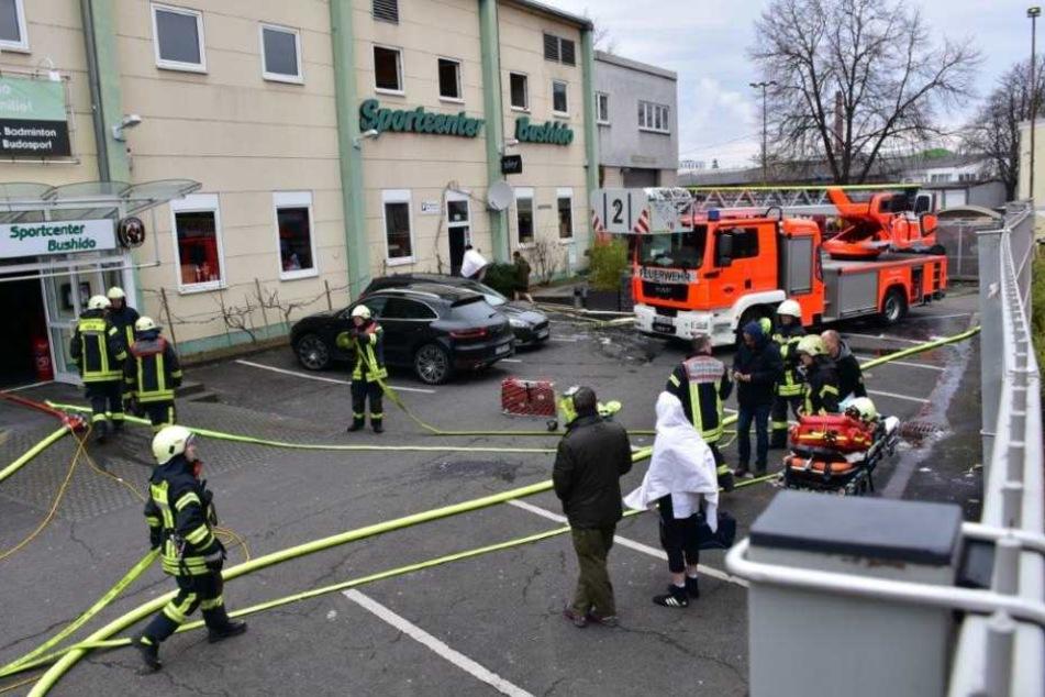 Bei dem Einsatz in Köln-Raderberg wurde niemand verletzt, die Besucher konnten aus dem Sportcenter gerettet werden.