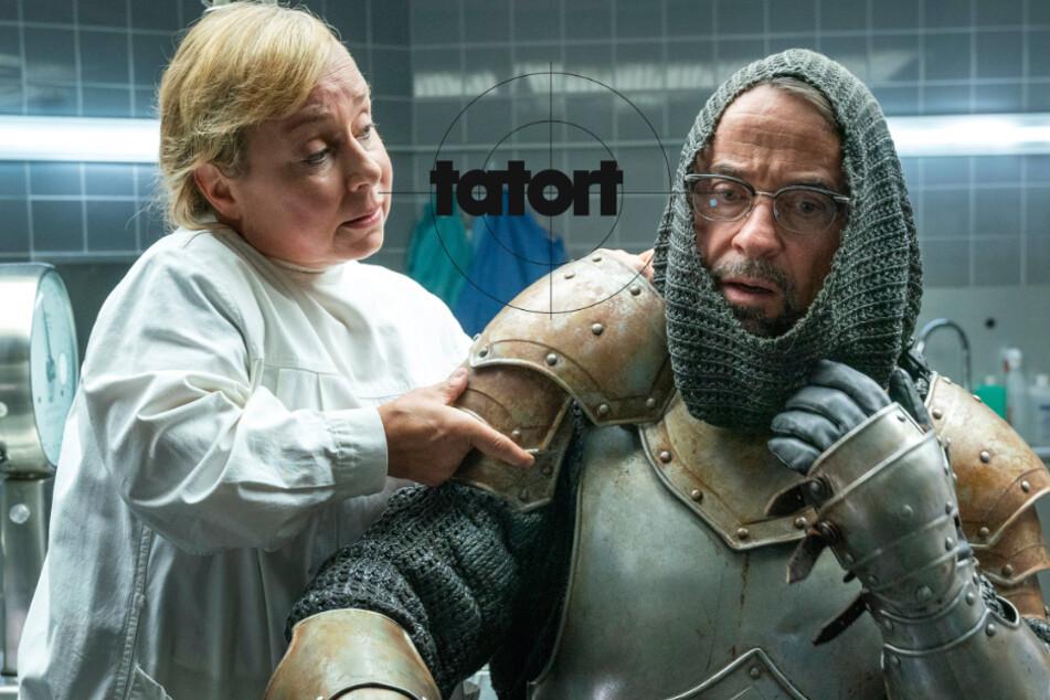 """""""König"""" in Ritterrüstung wird tot im Wassergraben seiner Burg gefunden"""