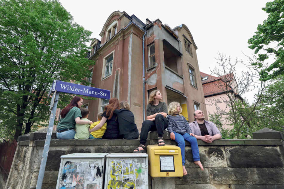 Die Bewohner wollen bleiben und den Abriss des Gründerzeithauses verhindern.