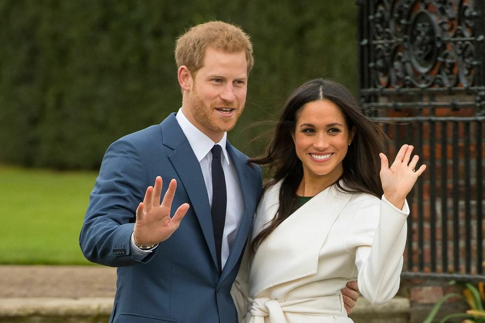 Prinz Harry (36) und Herzogin Meghan (39, r) kehren nicht mehr zu ihren royalen Pflichten zurück.