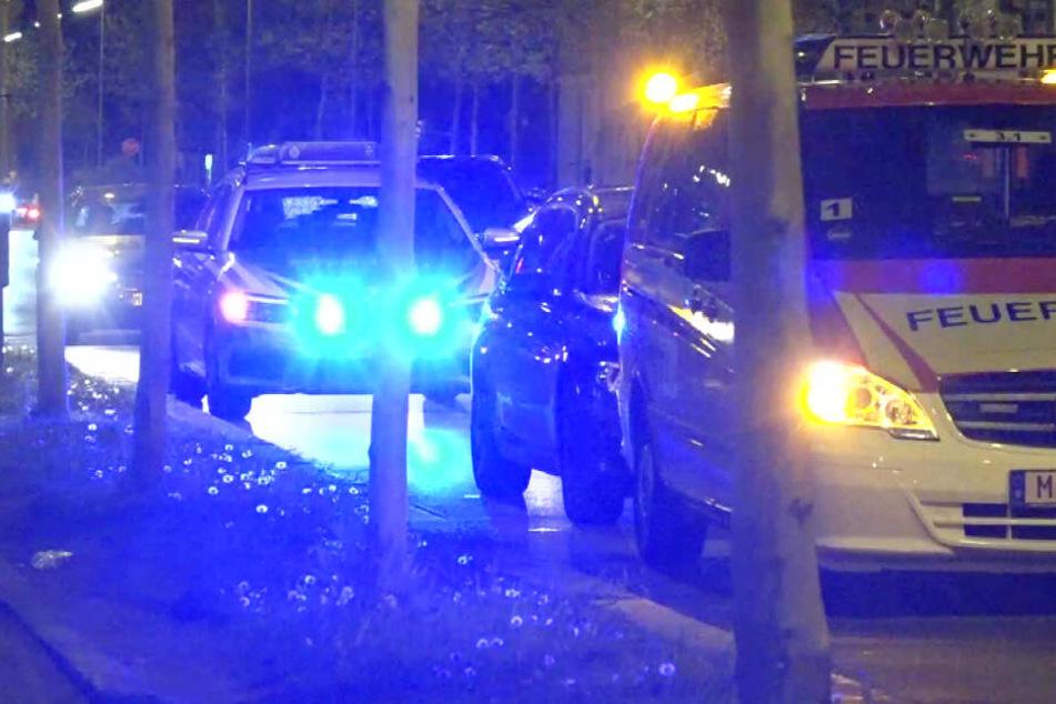 Polizei- und Rettungskräfte waren aufgrund des Streits in Laim mit einem Großaufgebot im Einsatz.
