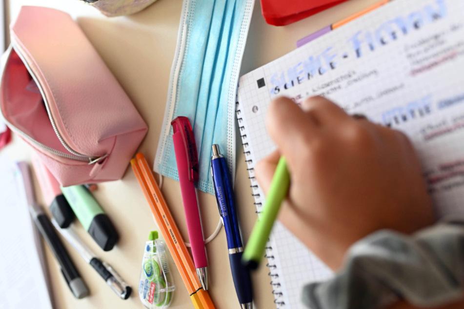 Schulstart in Hessen steht kurz bevor: Eltern angesichts der Corona-Krise skeptisch