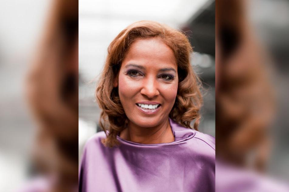 Nadja Abdel Farrag zeigt ihre strahlend weißen Zähne. damit ist nun bald Schluss: Ein moderateres Lächeln soll her.
