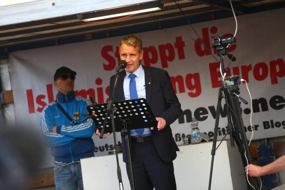 Björn Höcke (46) sprach am heutigen Montag bei PEGIDA.