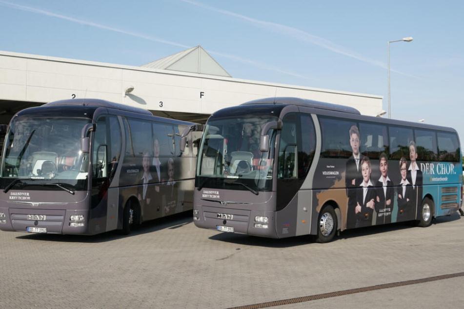 Statt mit DSC-Werbung fahren die Schmetterlinge im Kreuzchor-Bus durch Deutschland.