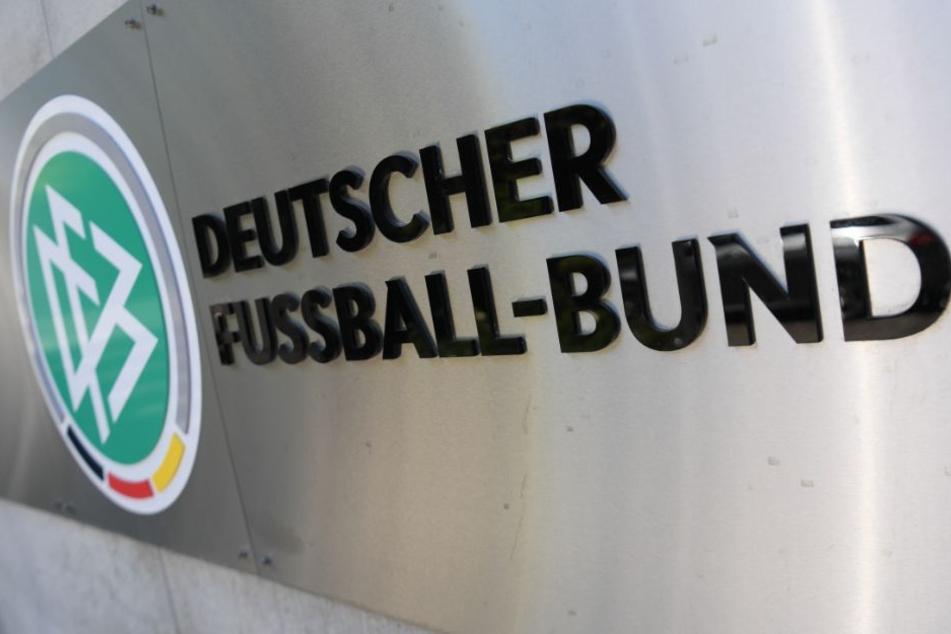 Das Sportgericht des DFB hatte den FCC zunächst mit einer Geldstrafe in Höhe von 24.900 Euro belegt. (Symbolbild)